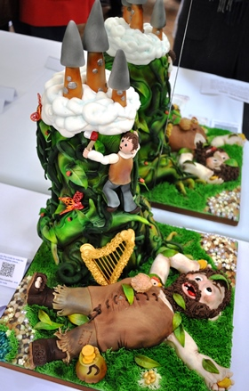 Jack and the Giant Beanstalk Cake