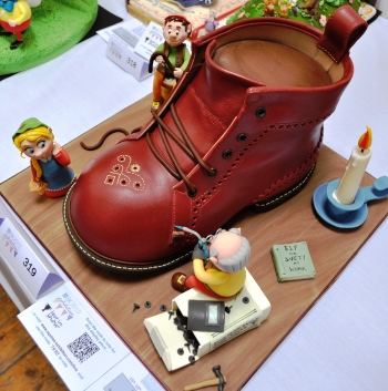 Old man in a shoe fairytale cake